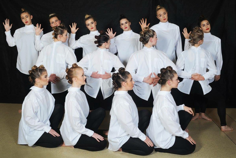contemporary dance performed at the competition